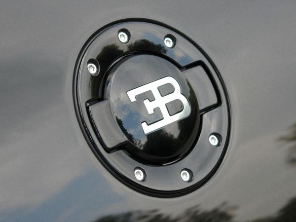 bugatti-mau-den-16