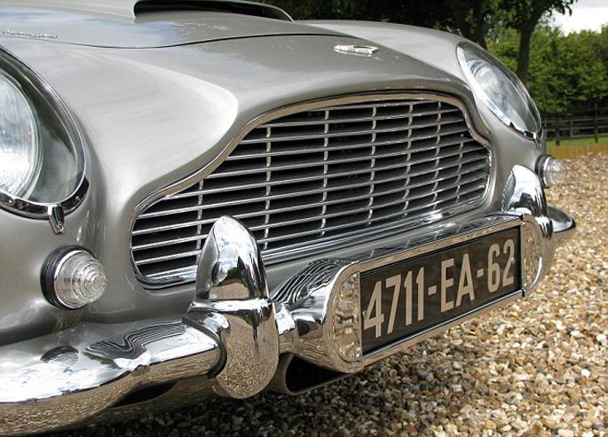 Aston-Martin-DB54