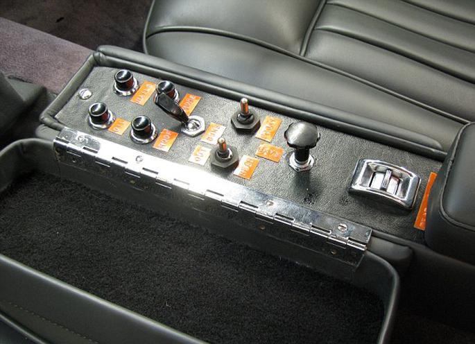 Aston-Martin-DB58