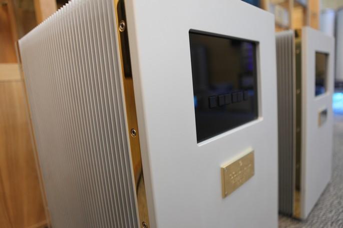 Telos 3500 nằm trong Top 10 ampli đắt nhất và tốt nhất thế giới