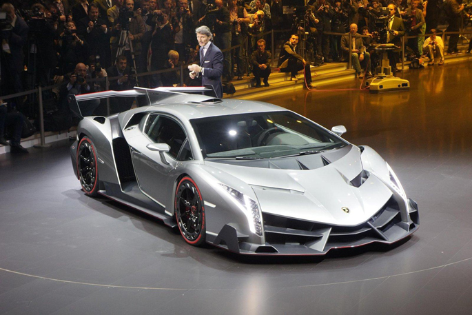 Lamborghini-Veneno-0