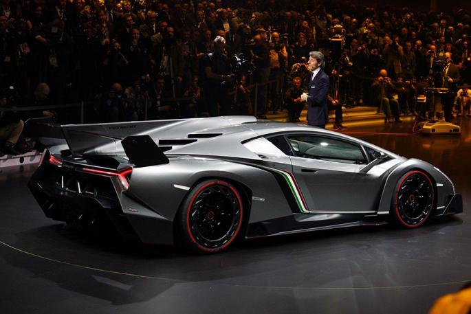 Lamborghini-Veneno-6