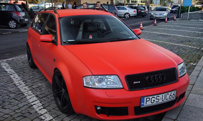 Audi-avante-matte