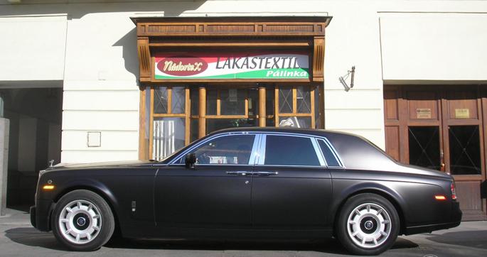 Rolls-Royce-Phantom-matte