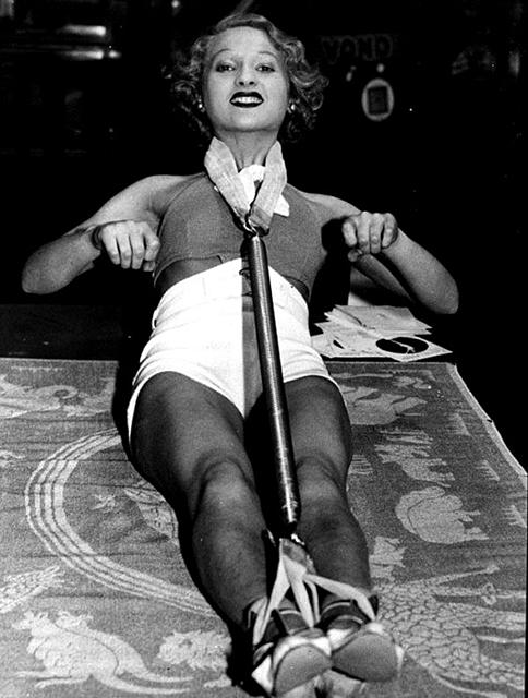 1900s-beauty-salon-3